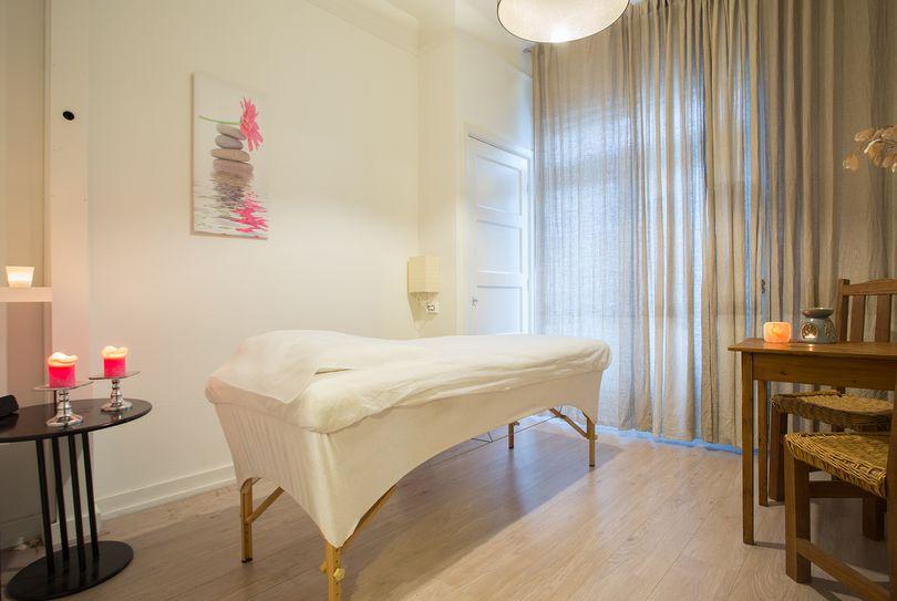 Zohar Steg Acupuncture & Shiatsu Oil Massage Amsterdam, Amsterdam - Massage - Europaplein 77