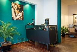 Coiffeur Ixelles (Brushing) - Jessica Bruselles