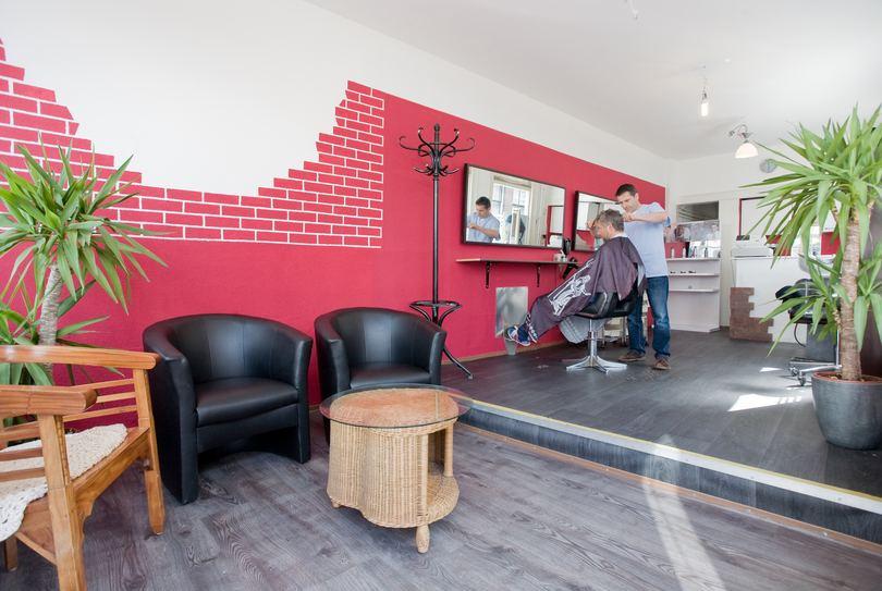 Kapper Capelli - Haarlem, Haarlem - Hairdresser - Barrevoetestraat 1a