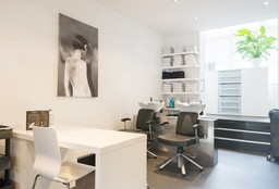 Hairdresser Amsterdam (Keratin Treatment) - Naima Hairstylers
