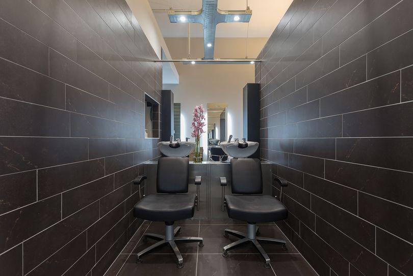 Fraaij Haar, Amsterdam - Hairdresser - Nieuwe passeerdersstraat 10