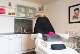 Face Den Bosch (Massage) - Blyss Beauty Schoonheidssalon