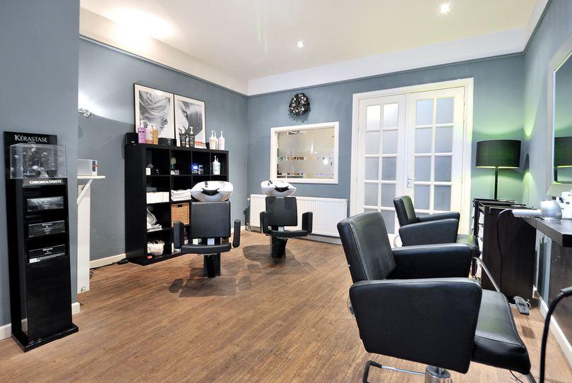 Jennifer Hairstyling, Den Haag - Hairdresser - Korte Molenstraat 26