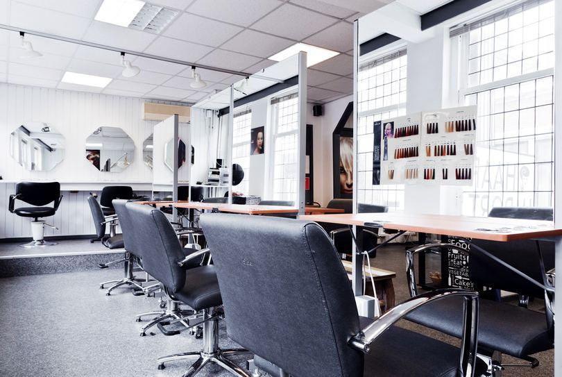 Kappers Kollege, Vlaardingen - Hairdresser - Hoogstraat 159