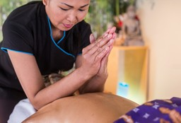 Massage Breda (Thai massage) - Kinnaree