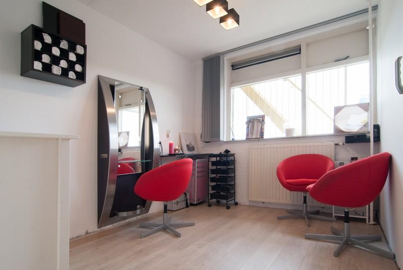 Londie's Hair & Beauty, Zoetermeer - Hairdresser - Jagersbos 127