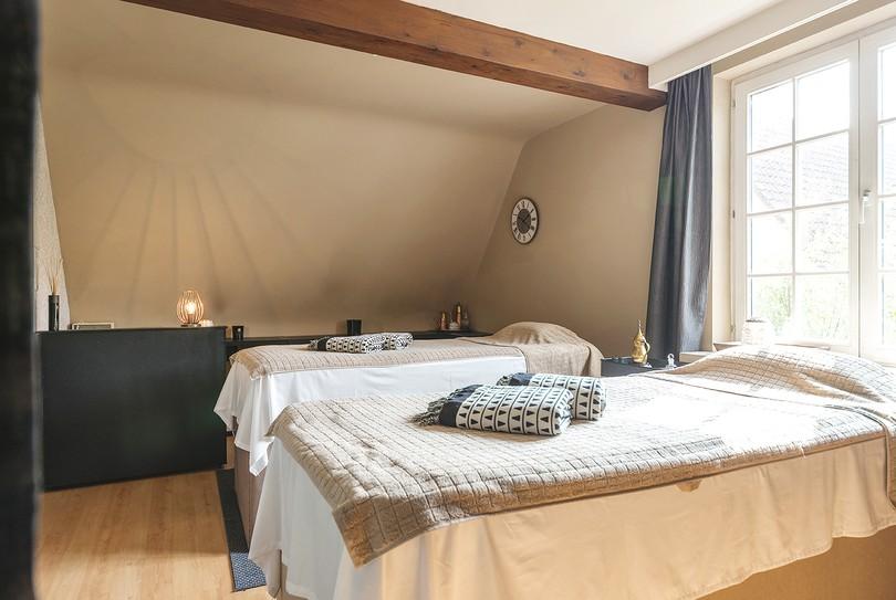 Relax and Beauty, Damme - Massage - Koolkerkesteenweg 48