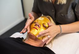 Face Arnhem (Facial / facial treatment) - Perfect You - Arnhem