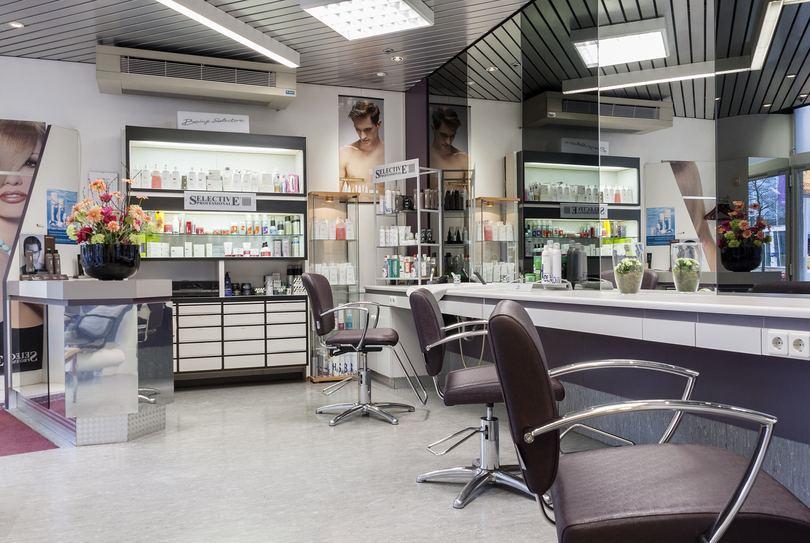 Hair Date, Amsterdam - Kapper - Koningin Wilhelminaplein 13