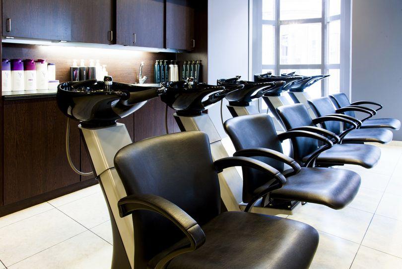 Cosmo Hairstyling, Arnhem - Hairdresser - Brouwersplein 3