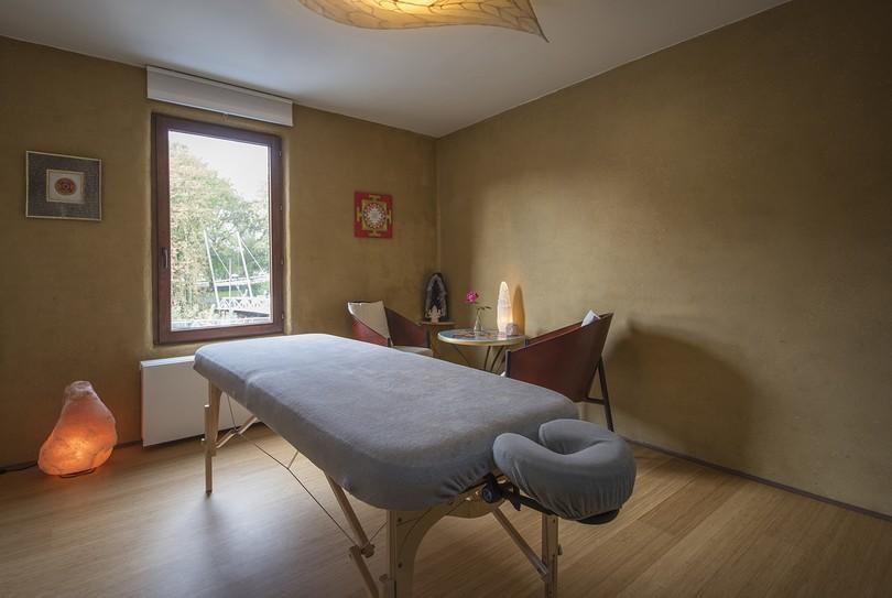 Asudra Johan Louncke, Gent - Massage - Neerscheldestraat 56