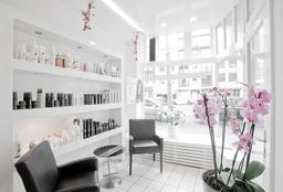 Hairdresser Amsterdam (Children's haircut) - Theatre de Coiffure