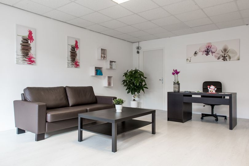 Yeung Sang Massagesalon, Lelystad - Massage - Dukaatpassage 141