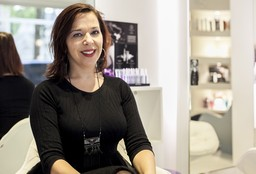 Kapper Antwerpen (Keratine behandeling) - Infinity Hair & Body Lounge