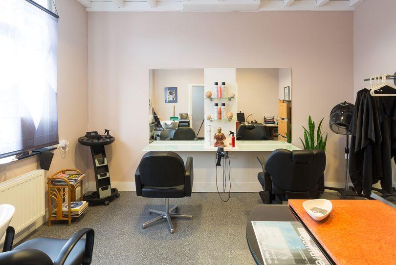 Coiffure Michel Valentin, Genval - Hairdresser - Place Communale 40
