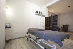 Massage Ixelles (Full Body / Lichaamsmassage) - Jef Bucher