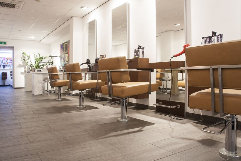 Hair & Beauty Bar Haarlem, Haarlem - Hairdresser - Generaal Cronjéstraat 93