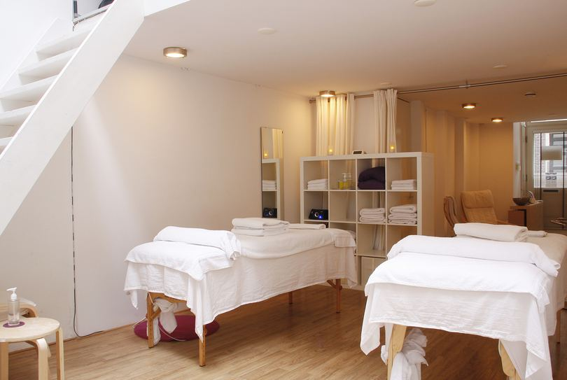 RUST., Amsterdam - Massage - Pieter Jacobszstraat 23
