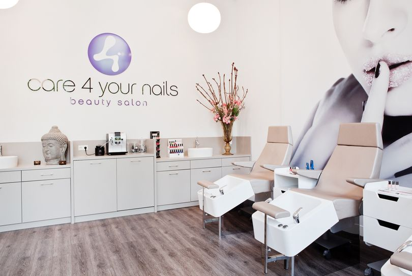 Care4yournails, Rotterdam - Nails - Laan op Zuid 839