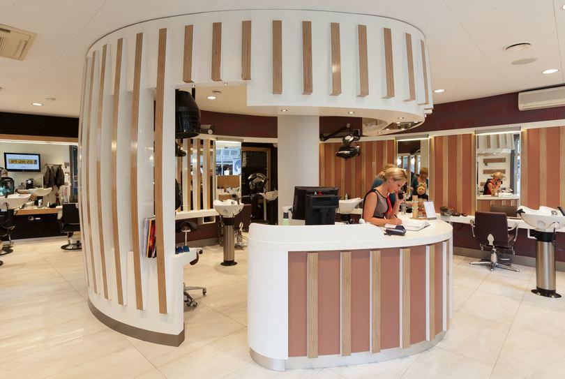John Bertine Centrum, Nijmegen - Hairdresser - Augustijnenstraat 1