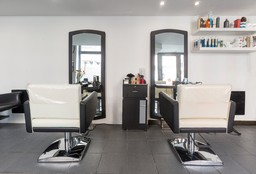 Hairdresser Ixelles (Children's haircut) - La Perle Blanche