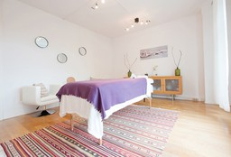 Massage Den Haag (Deep Tissue massage) - Live to Give Massage