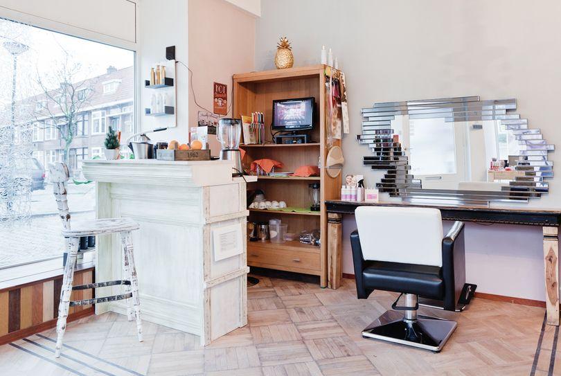 Aesthetique Coiffure et Beaute, Schiedam - Hairdresser - Frans Halsplein 2A