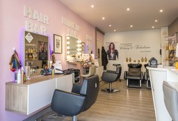 Hairdresser Anderlecht (Blow dry / styling) - The Beauty Bar