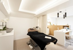 Nails Sint-Katelijne-Waver (Pedicure - medical) - Per Voi