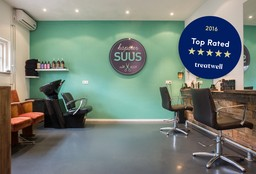 Hairdresser Eindhoven (Curly haircuts) - Kapsalon Suus