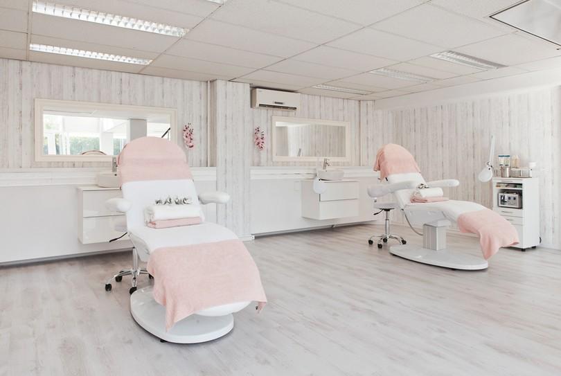 V-Cosmetics, Rotterdam - Gezicht - Schiedamsedijk 53A