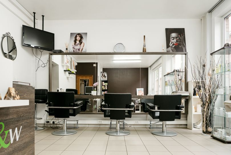 Yvi Hair Nails & Wellness, Leuven - Hairdresser - Hendrik Consciencestraat 30
