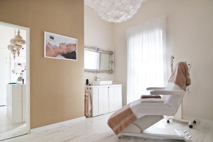 Beaux Arts Skincare store, Eindhoven - Body - Galvanistraat 47