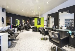 Hairdresser Jette (Keratin Treatment) - L.C. Coiffure