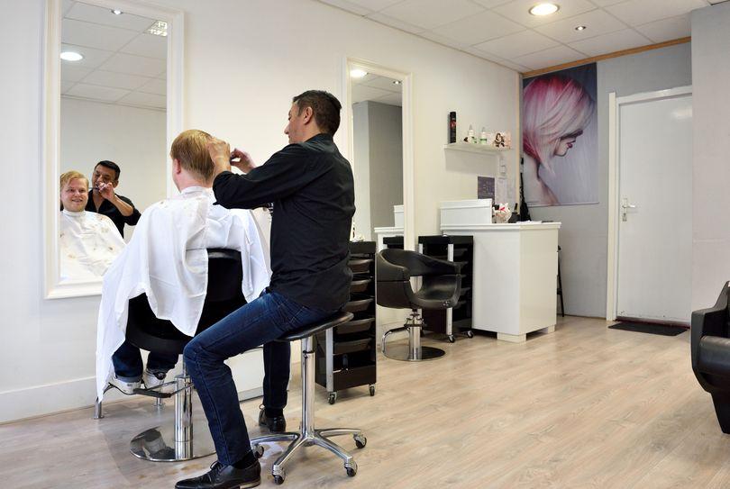 Mario & Marco Kapsalon, Den Haag - Hairdresser - Laan van Meerdervoort 300