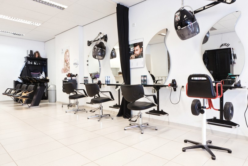 ZE Hair & Beautysalon, Den Haag - Hairdresser - De Stede 14