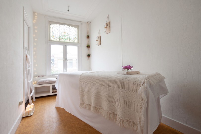 Blossom // Massage for Women, Den Haag - Massage - Weimarstraat 47B