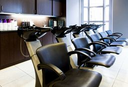 Hairdresser Arnhem (Blow dry / styling) - Cosmo Hairstyling