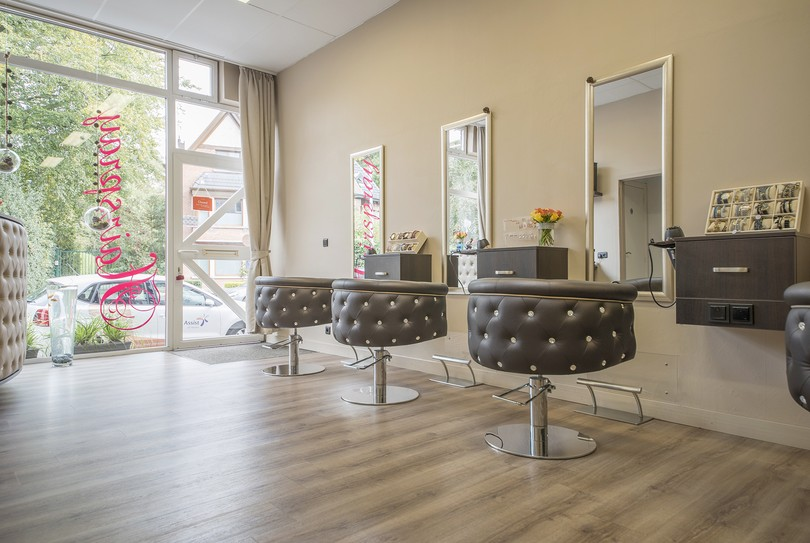 Hairspray, Mariakerke - Hairdresser - Brugsesteenweg 599F