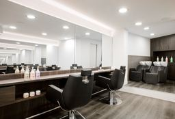 Hairdresser Amsterdam (Children's haircut) - Kapsalon Bianco Rozengracht 212