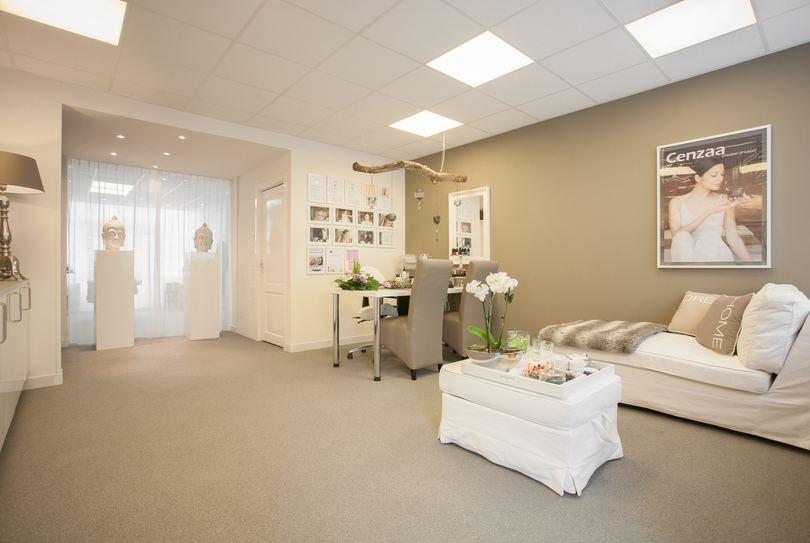 Babs Beauty Salon, Duivendrecht - Face - Rijksstraatweg 9