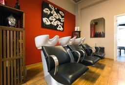 Hairdresser Saint-Gilles - Hylo Beauty Studio