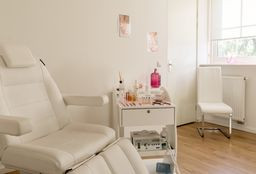 Nails Lelystad (Paraffin wax treatment) - Aangename Voeten