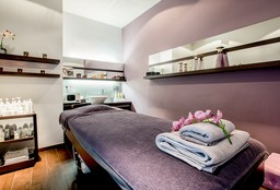 Massage Woluwe-Saint-Lambert (Foot Massage) - B-Attitude