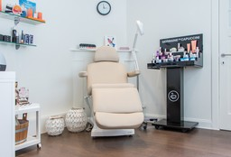 Face Gent (Eyebrows) - Excellence Deluxe Hair & Beauty
