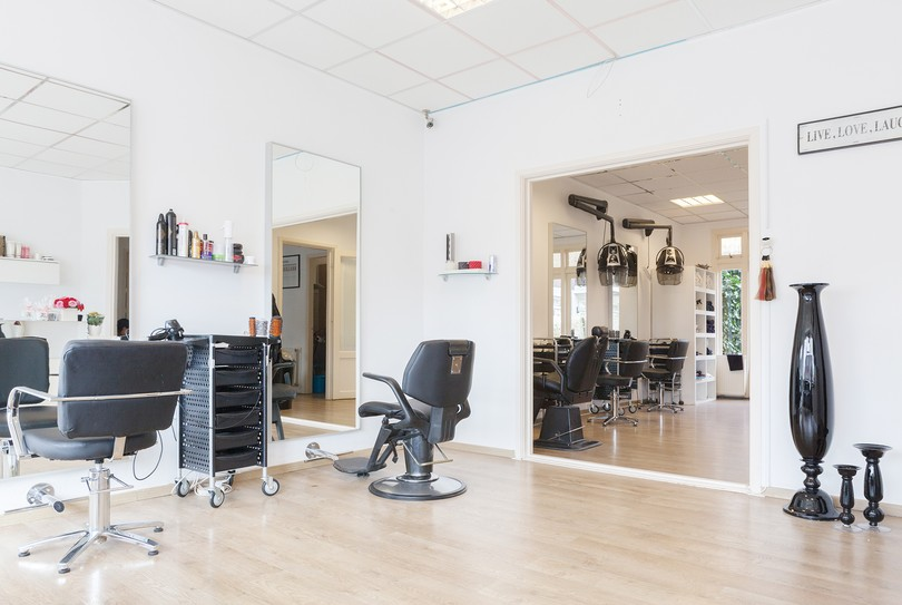 Nela Hair and Beauty, Den Haag - Kapper - Zuiderpark 252