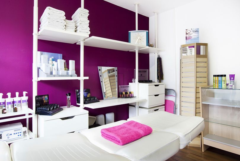 Femina Beauty Salon, Arnhem - Face - Akkerwindestraat 71/107