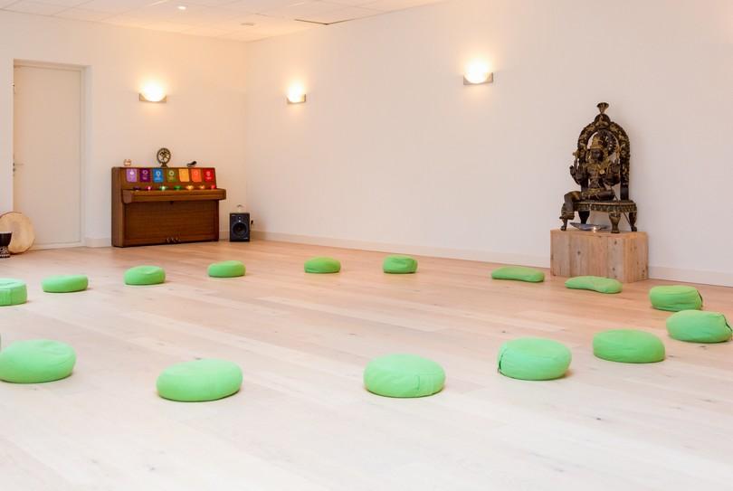 Academ, Rotterdam - Massage - Graaf Jan van Nassaustraat 8A