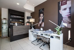 Nails Bruxelles ((Cosmetic) Pedicure) - Beauty Designer