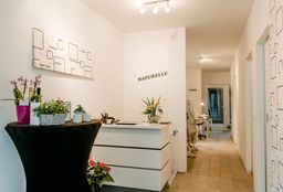 Nails Antwerpen (Paraffin wax treatment) - Naturelle - Antwerpen